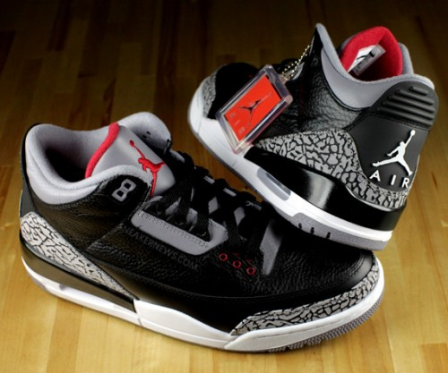 Kanye West and Amber Rose Rockin' the Black/Cement Jordan 3's (2/3)