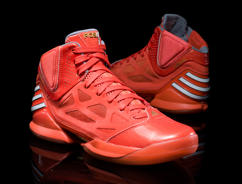 The New adizero-Rose is available now!  (2/2)