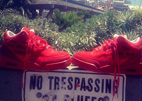 Justin Timberlakes PE All Red Air Jordan 3's. Picture courtesy of HipHopWorld