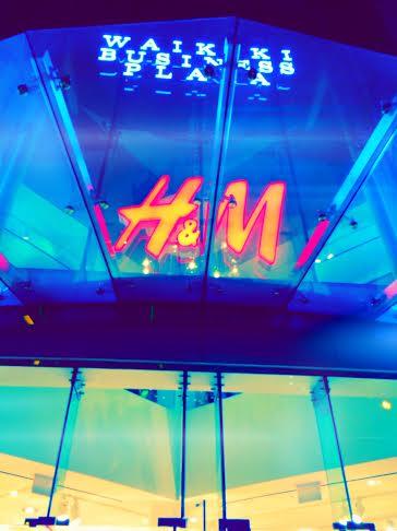 H&M Sign-Streetzblog.com
