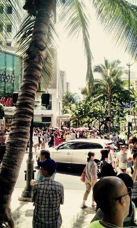 New H&M in Waikiki