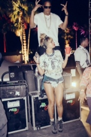 Jay-Z Parties in Pearls w/ Beyonce