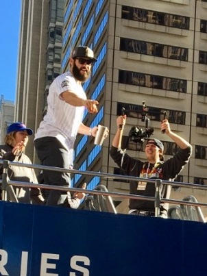 jake-arrietta-at-the-winners-parade-2016