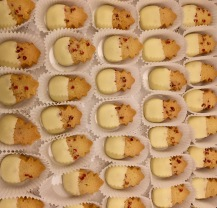 White Chocolate Pineapple Cookies