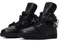 comme-des-garcons-air-jordan-1-high-black-cn5738-001-pair DSM pix